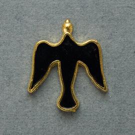 Значок на цанге Голубь, черный, металл под золото (ЗЦк-4)