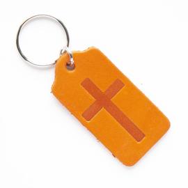 """Брелок """"Крест в прямоугольнике"""" из натуральной кожи (оранжевый)"""